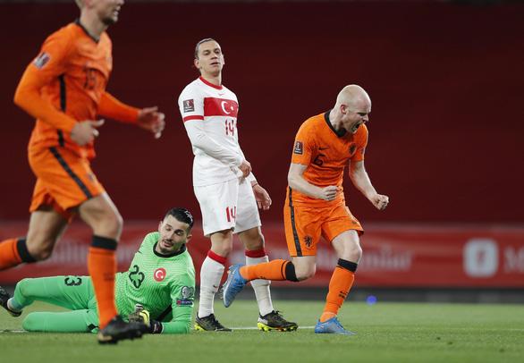 Yilmaz lập hat-trick, Thổ Nhĩ Kỳ lại 'làm gỏi' Hà Lan - Ảnh 3.