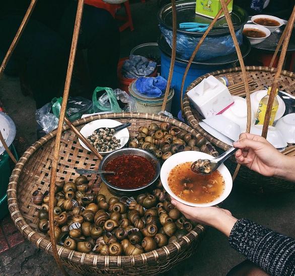 Sài Gòn cách Hà Nội 2 giờ bay và nỗi nhớ qua những món ăn - Ảnh 3.