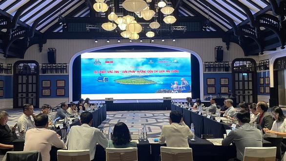 Loại hình du lịch nào phù hợp nếu Việt Nam mở cửa đón khách quốc tế? - Ảnh 1.