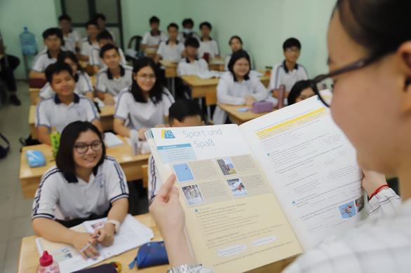 Dạy tiếng Đức và tiếng Hàn trong trường phổ thông: Hào hứng và hụt hẫng - Ảnh 1.