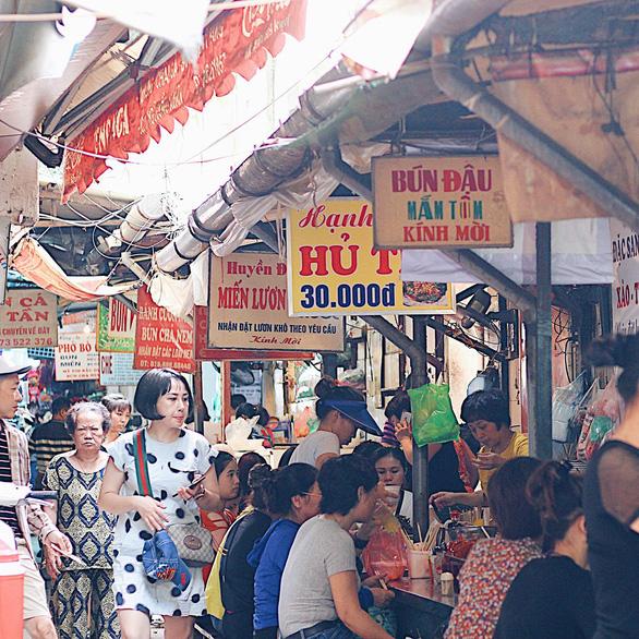 Sài Gòn cách Hà Nội 2 giờ bay và nỗi nhớ qua những món ăn - Ảnh 2.