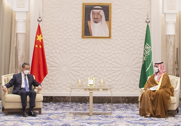 Ngoại trưởng Trung Quốc công du Trung Đông, gửi thông điệp tới Mỹ - Ảnh 1.