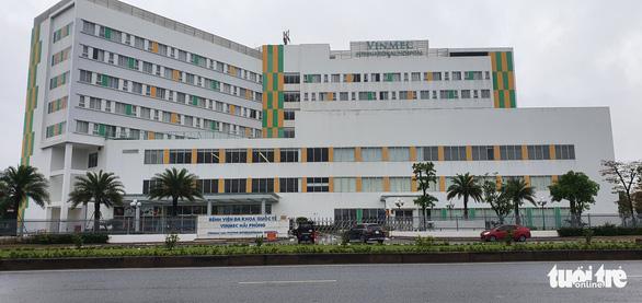 Hải Phòng cho hàng ngàn học sinh nghỉ học để truy vết COVID-19 - Ảnh 1.