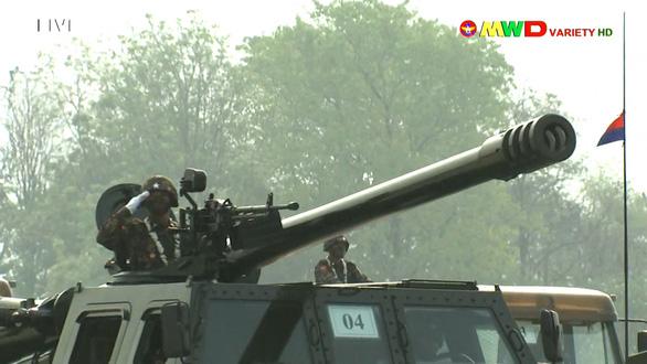 Lãnh đạo quân đội Myanmar hứa có bầu cử dân chủ, bảo vệ dân - Ảnh 7.