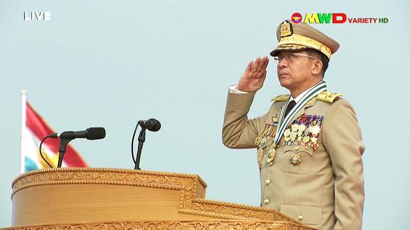 Lãnh đạo quân đội Myanmar hứa có bầu cử dân chủ, bảo vệ dân - Ảnh 3.