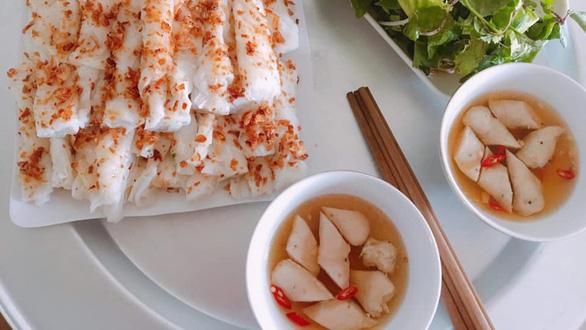 Bánh mướt và tình hột gạo quê hương - Ảnh 1.