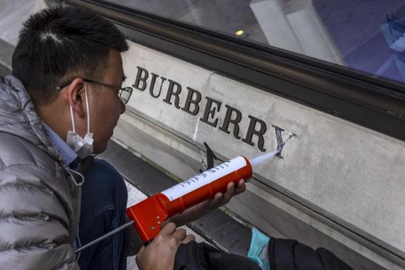 Mỹ lên án Trung Quốc vì tẩy chay các công ty liên quan vụ bông Tân Cương - Ảnh 1.