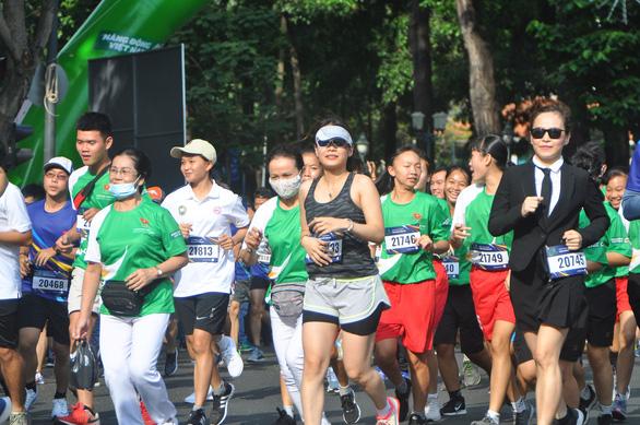 5.000 người tham gia cuộc chạy bộ ngay trung tâm TP.HCM - Ảnh 3.