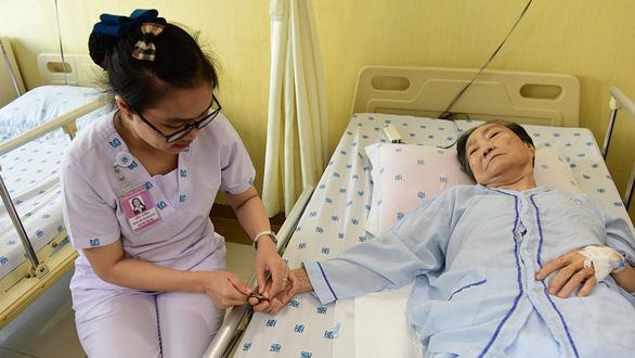 Sài Gòn bao dung, TP.HCM nghĩa tình: Ở đây họ gọi nhau là cưng, nghe thương gì đâu - Ảnh 1.