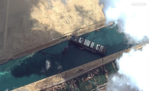 Giải cứu kênh đào Suez: Tia hi vọng nhờ thủy triều dâng - Ảnh 2.