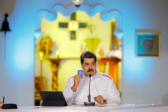 Venezuela đề xuất đổi dầu lấy vắc xin phòng COVID-19 - Ảnh 1.
