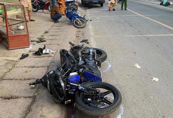 Xe môtô 3 bánh rời hiện trường sau tai nạn chết người ở quận 12 - Ảnh 1.