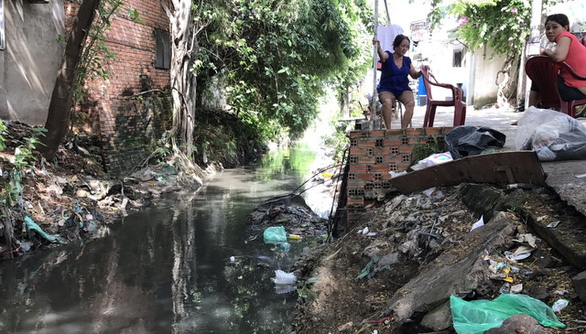 Hơn 1.980 tỉ đồng hồi sinh kênh Hy Vọng, chống ngập cho sân bay Tân Sơn Nhất - Ảnh 1.