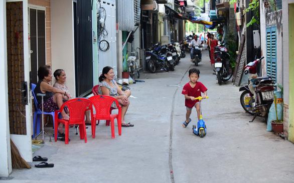 Sài Gòn bao dung - TP.HCM nghĩa tình: Thương từ trong hẻm thương ra - Ảnh 1.