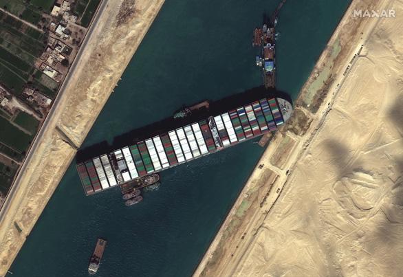 Toàn cảnh vụ giải cứu tàu container gây tắc nghẽn kênh đào Suez - Ảnh 4.