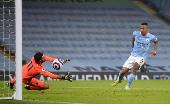 Man City mạnh mẽ san bằng các chướng ngại, thắng trận thứ 21 - Ảnh 4.