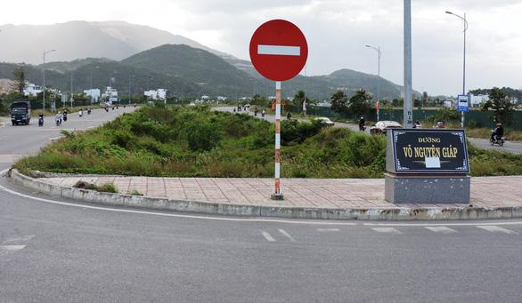 Thêm 85 tỉ đồng làm dải phân cách cho con đường rộng nhất TP Nha Trang - Ảnh 1.