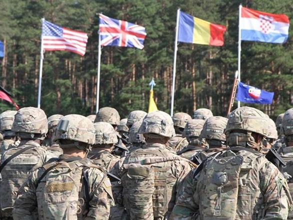 Mỹ ngỏ lời giúp EU đối đầu quân sự với Nga - Ảnh 1.