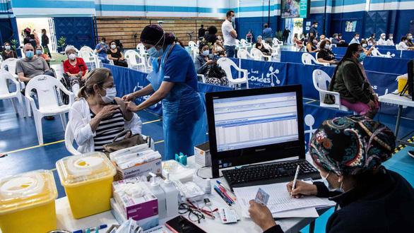 Chile tái bùng phát dịch COVID-19 do vắc xin của Trung Quốc hiệu quả không cao? - Ảnh 1.