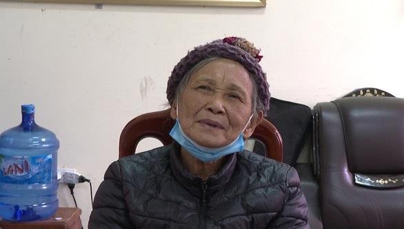 Khởi tố cụ bà 72 tuổi trồng 600 cây thuốc phiện - Ảnh 2.