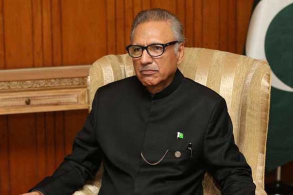 Tổng thống, thủ tướng và bộ trưởng Pakistan mắc COVID-19 - Ảnh 1.