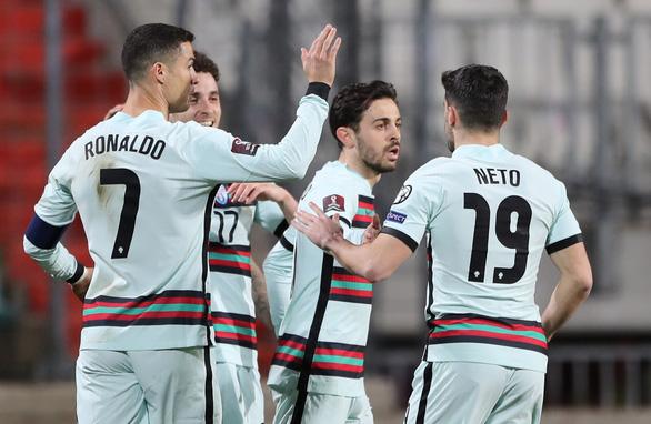 Ronaldo ghi bàn, Bồ Đào Nha thắng ngược Luxembourg - Ảnh 2.