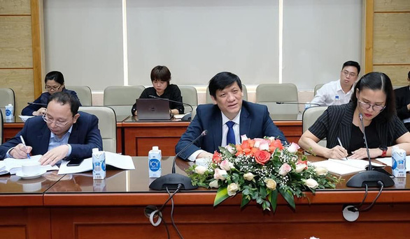 Việt Nam tìm nguồn vắc xin Nga, Trung Quốc và Ấn Độ - Ảnh 1.