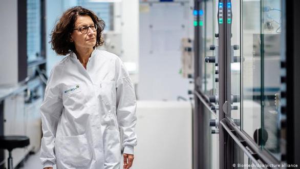 Từ COVID-19 đến chữa ung thư, công nghệ mRNA hứa hẹn thay đổi tương lai - Ảnh 2.