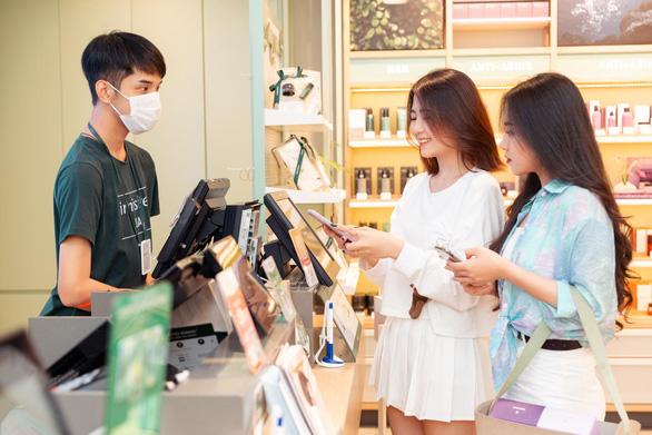 Siêu hội mua sắm của thương mại điện tử  đã bắt đầu vào ngay đầu năm? - Ảnh 2.