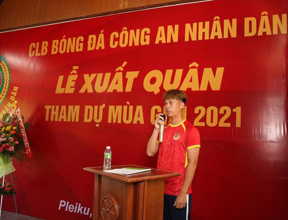 Hoàng Anh Gia Lai chi viện 11 cầu thủ cho đội hạng nhất Công An Nhân Dân - Ảnh 2.