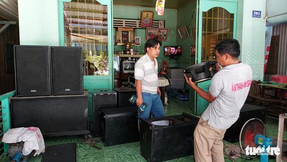 An Giang: Karaoke di động là bất hợp pháp, vi phạm pháp luật đều phải bị ngưng - Ảnh 1.
