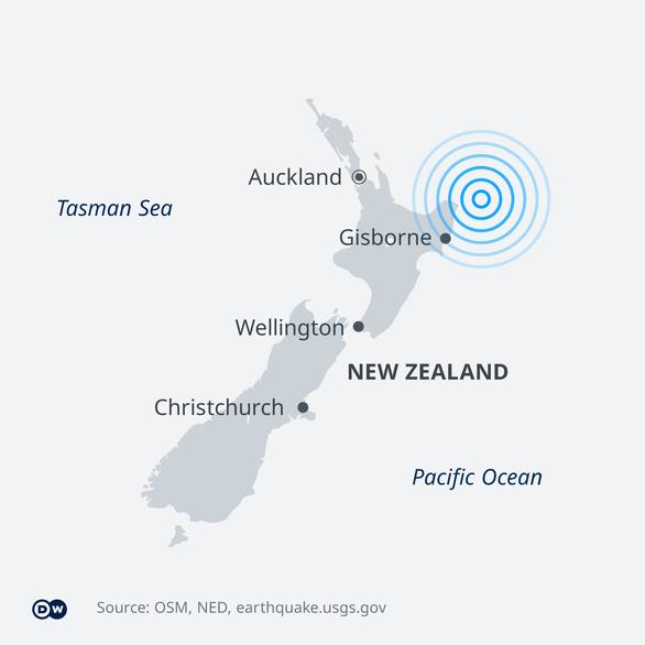 New Zealand phát 3 cảnh báo sóng thần, kêu gọi dân sơ tán sau động đất 8 độ Richter - Ảnh 2.