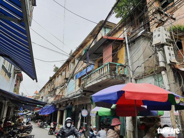 Hải Phòng đề xuất dùng ngân sách cải tạo, xây mới chung cư cũ - Ảnh 1.