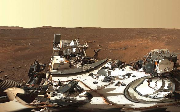 Người nữ lái tàu Sao Hỏa - Ảnh 5.