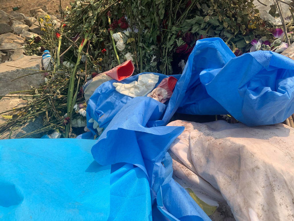 Nhà chức trách Myanmar khai quật mộ cô gái 19 tuổi bị bắn chết vì biểu tình? - Ảnh 4.