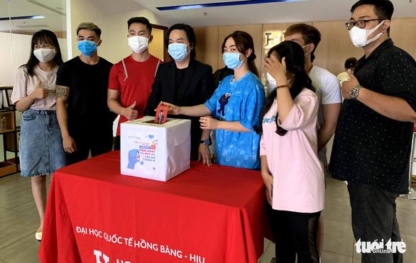 Hàng chục ngàn sinh viên, giảng viên hưởng ứng Cùng Tuổi Trẻ góp vắc xin COVID-19 - Ảnh 1.