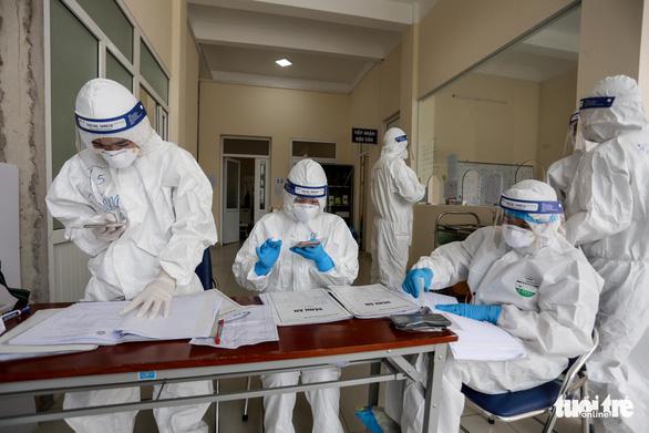 Hải Dương lập đội xử lý tình trạng khẩn cấp về y tế ở Kinh Môn để chống dịch COVID-19 - Ảnh 1.