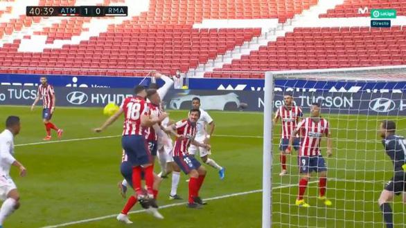 Benzema ghi bàn thắng muộn cứu Real Madrid và La Liga - Ảnh 3.