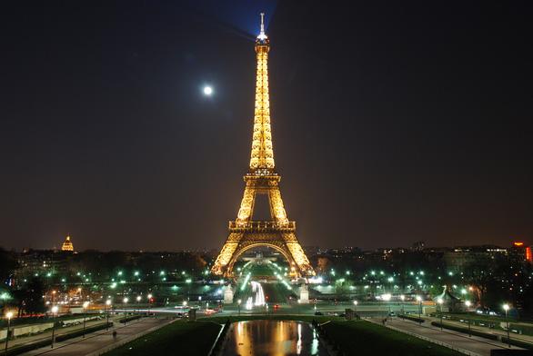 Pháp rót tiền viện trợ châu Phi để kiềm chế ảnh hưởng của Trung Quốc - Ảnh 1.