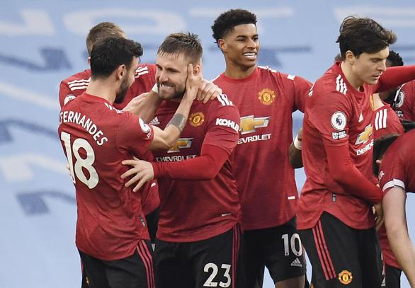 Man Utd buộc Man City nếm thất bại đầu tiên sau chuỗi 21 trận thắng - Ảnh 4.