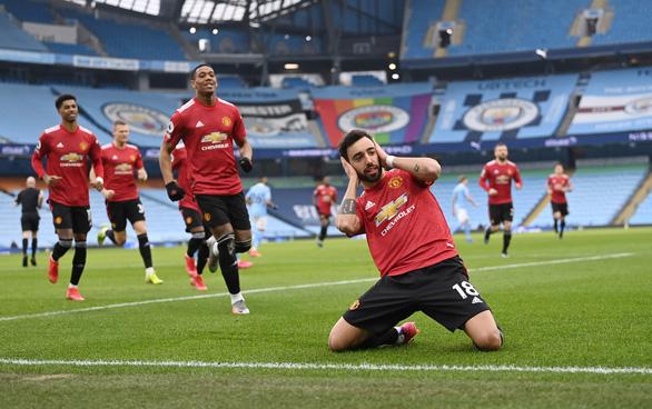 Man Utd buộc Man City nếm thất bại đầu tiên sau chuỗi 21 trận thắng - Ảnh 2.