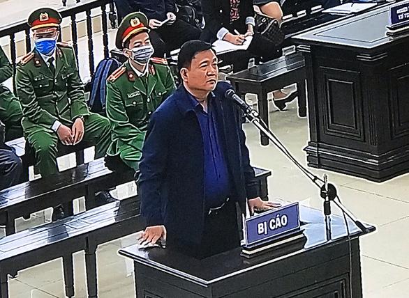 Tòa xử vụ Ethanol Phú Thọ: Ông Đinh La Thăng nhiều lần phủ nhận đã chỉ định thầu - Ảnh 2.
