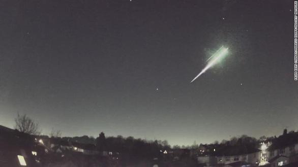 Phát hiện thành phần sự sống từ quả cầu lửa vừa rơi xuống Trái đất - Ảnh 1.