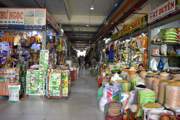 Nha Trang đóng cửa chợ Đầm cũ từ 31-3 - Ảnh 4.