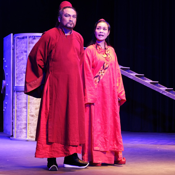 Thành Thăng Long thuở ấy: Phận đàn bà trên bàn cờ thế cuộc - Ảnh 6.