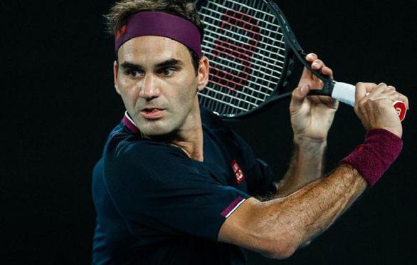 Federer: Nadal, Djokovic lấy tôi làm thước đo - Ảnh 1.