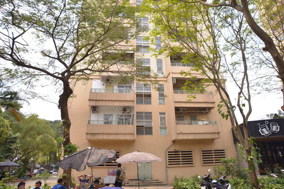 Hà Nội: Rơi từ tầng 9 chung cư, một nữ sinh tử vong - Ảnh 1.