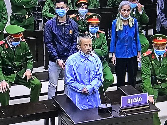 Một số bị cáo vụ Đồng Tâm xin lỗi gia đình 3 chiến sĩ công an hi sinh - Ảnh 1.