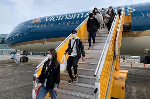 Nhiều hãng muốn mở lại đường bay quốc tế - Ảnh 1.