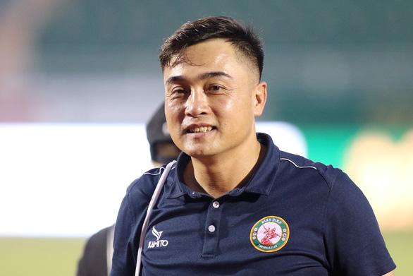 HLV CLB Bình Định: CLB TP.HCM là ứng cử viên vô địch V-League 2021 - Ảnh 1.